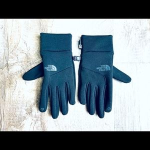 THE NORTH FACE … Unisex Gloves .. MEDIUM Size…. VERY LIGHTLY USED